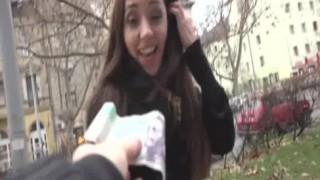 Russische Brünette Teen verdient Geld